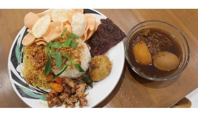 39 Makanan Khas Betawi Jakarta yang Terkenal Enak Makanan
