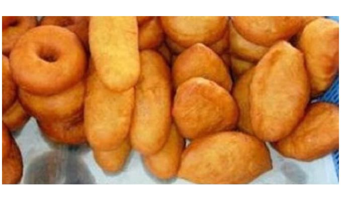 17 Macam Makanan Khas Gorontalo dan Penjelasannya Makanan