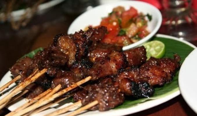 20 Makanan Khas Lombok yang Terkenal Kelezatannya Makanan
