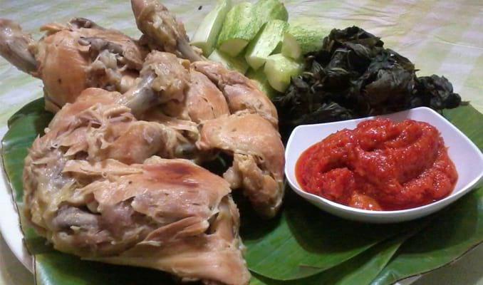 27 Makanan Khas Sumatera Barat dan Penjelasannya Makanan