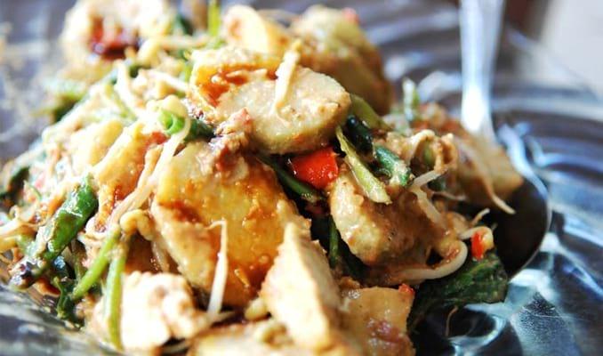 35 Makanan Khas Bali Halal Paling Terkenal dan Enak Makanan