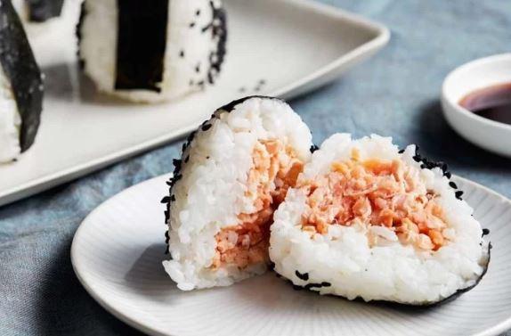 Tuna Mayonaise Onigiri